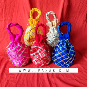 Check Print Potli Bag