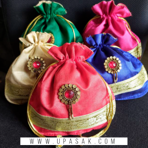 Sartan With Lace Work Potli Bag